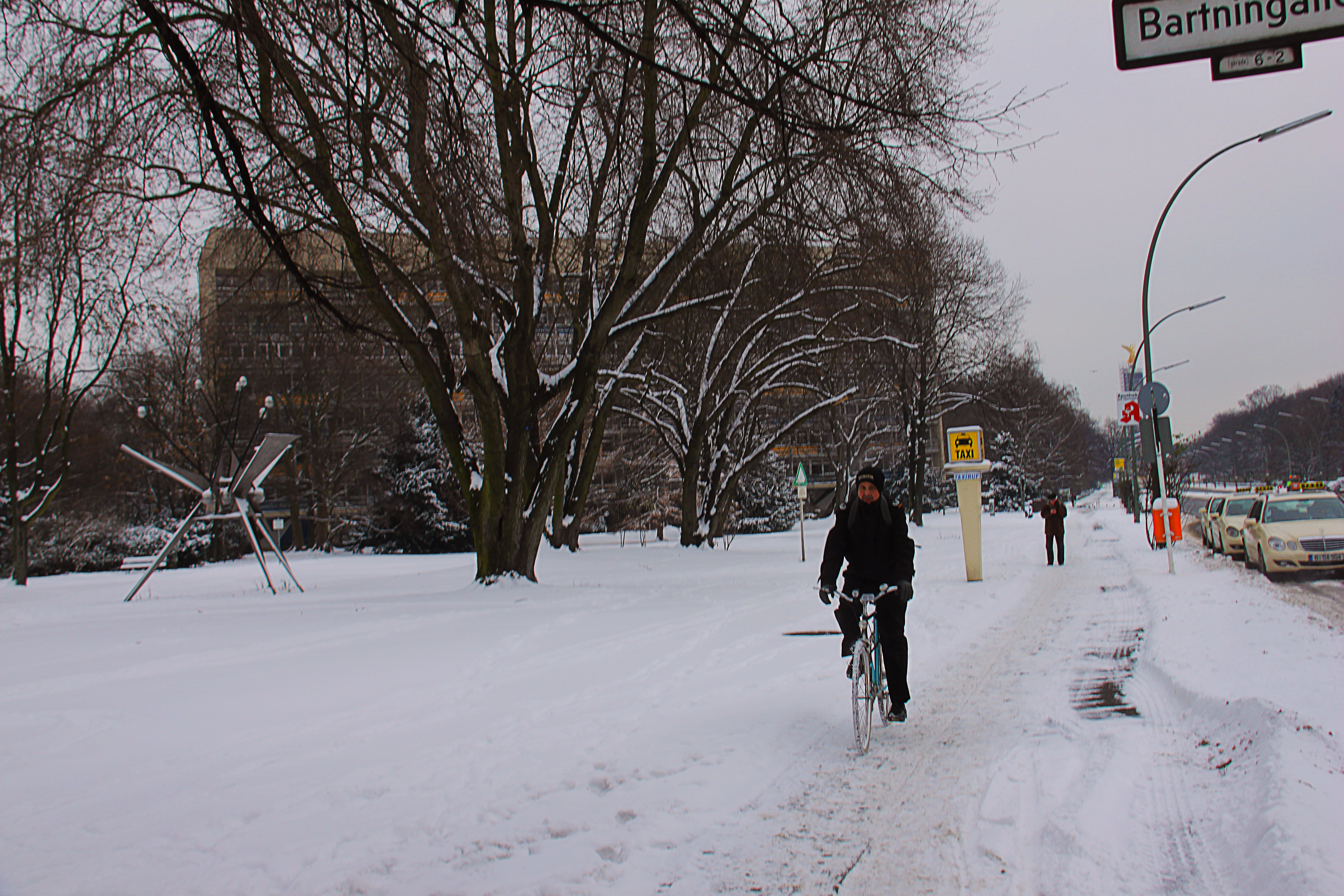 """BYannis Kakoyannos """"Cycling Is Like Photography. No Weather Should Stop Our Passions."""""""